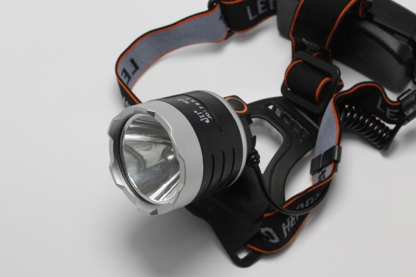 Налобный фонарик Police JD-7857